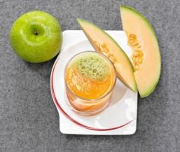Apfel-Melonen-Drink